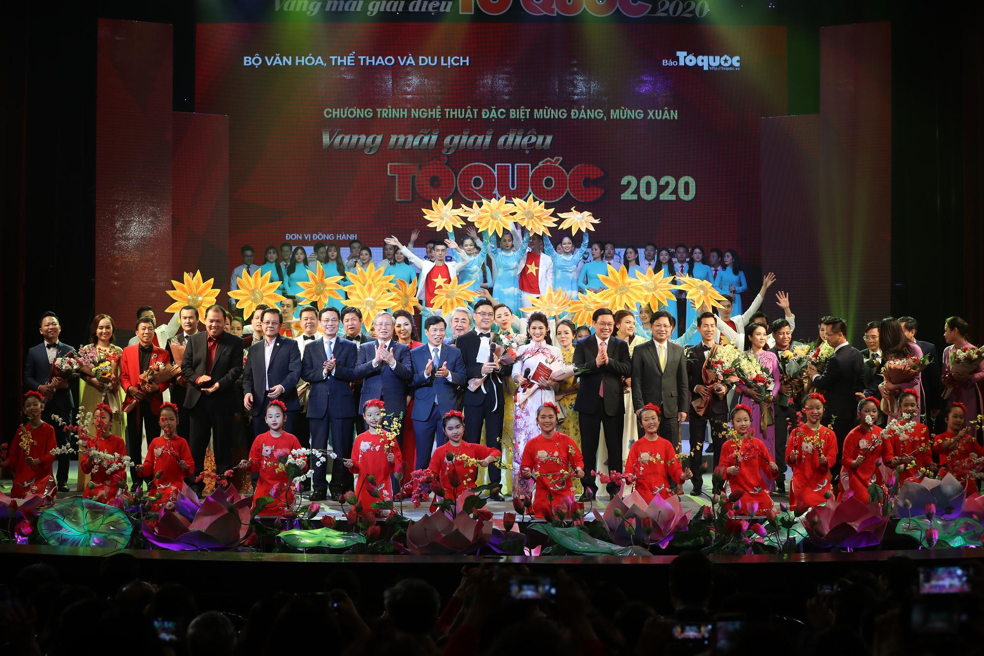 Chương trình nghệ thuật Vang mãi Giai điệu Tổ Quốc 2020